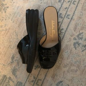 Salvatore Ferragamo Black Slides Sz 7